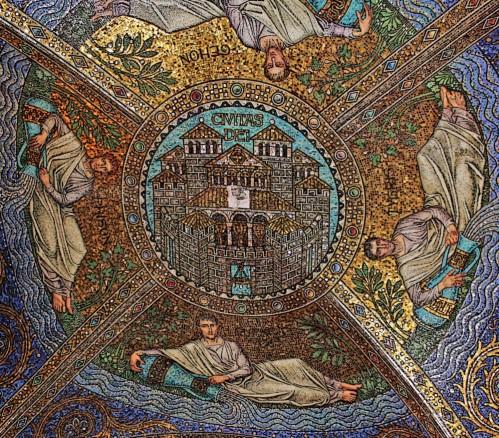 Cúpula de la Capella Palatina d'Aquisgrà decorats amb mosaics realitzats per l'artesà Antoni Salviati de Venècia on es poden llegir els noms dels quatre rius que naixien en el Jardí de l'Edèn.